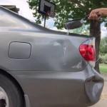 熱湯を使って車のへこみを直す方法